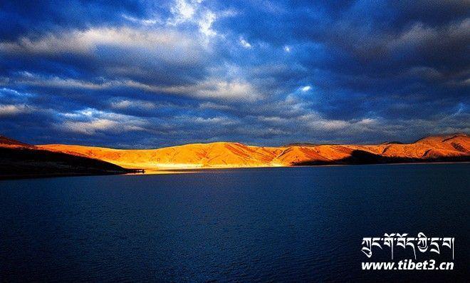 莽措湖25.jpg
