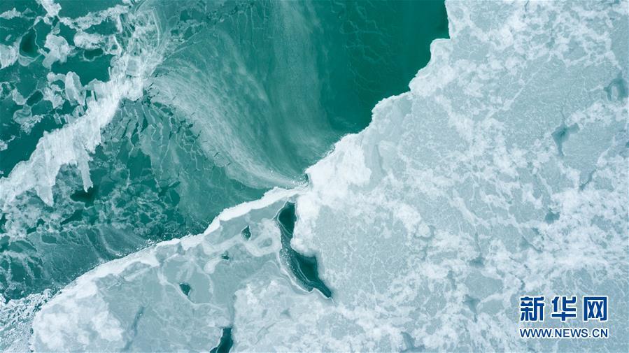 (环境)(7)青海湖进入封冻期
